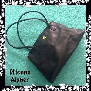 Etienne Aigner Black Leather Shoulder Bag Side zip